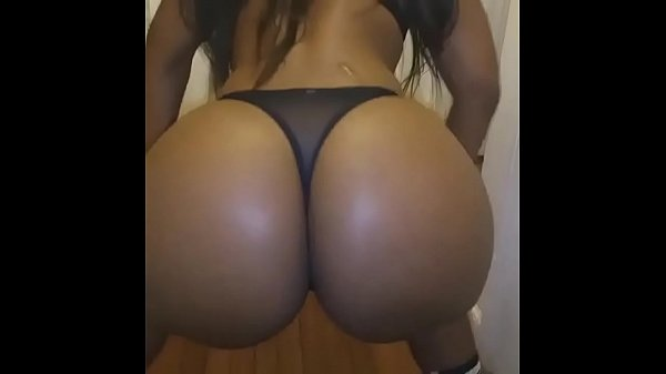 sexy girls shaking their booty № 173559