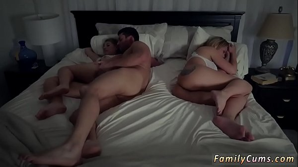Take me daddy and step mom patron's daughter fuck each other Stepdads