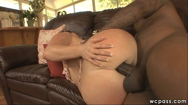 chick with muscles getting fucked