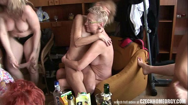 orgie sex party fremdbesamung ehefrau