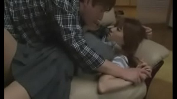 CAN SOMEBODY PEOPLE PLEASE TELL ME THE NAME OF THIS GIRL!?