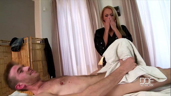 Massage Babe Ivana Sugar Deeply Fucked in Her Ass