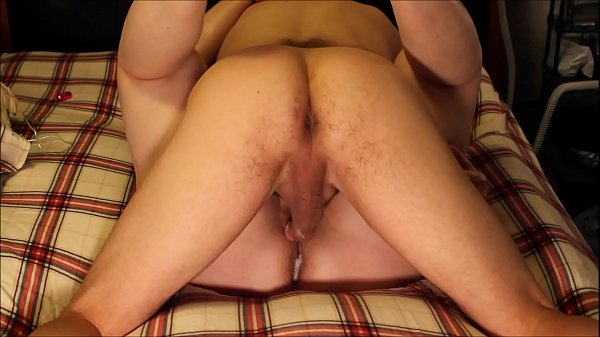 Naughty Amateur Creampie Pussy Fucking: Girlfriend Gets Her Ass Crack Soaked