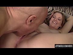 Plump Marleigh Anne Uses Her Mouth and Cunt on a Big Cock