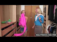 RealityKings - Moms Bang Teens - Chad Alva Cherie Deville Dakota Skye - Quality Time