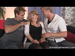 Two dudes bangs slutty mom