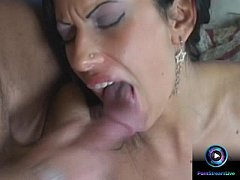 Cock hungry nympho Viva gives one unforgettable blowjob