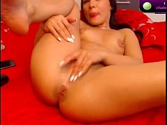 Brunette NawtyKate masturbates on webcam