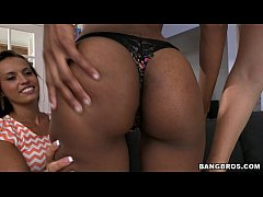 BANGBROS - Lesbians Know How To Eat Pussy!
