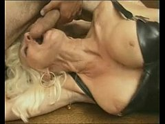 Colleagues at work fuck during lanch on webcam - more videos on FREESEXCHAT.TOP