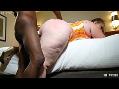 Big booty pawg mylie Moore bouncing dat azzz on mr.stixxx
