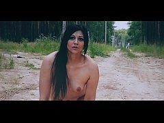 KristinaSlut walks naked in a forest park and makes a pipi like a dog !!!