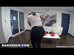 bangbros - cleaning lady kimberly gives good head bj13730