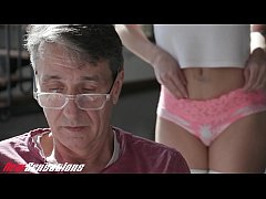 Petite Daughter Wants To Fuck Dads Big Cock