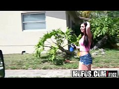 Mofos - Stranded Teens - (Brittany Shae) - Hot Brunette Gets Banged