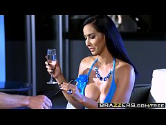 Brazzers - (Isis Love, Michael Vegas) - Wet And Smoking