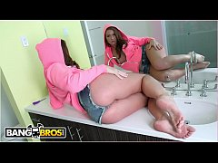 BANGBROS - PAWG Maddy O'Reilly Takes Anal From Mr. Anal Himself, Mike Adriano