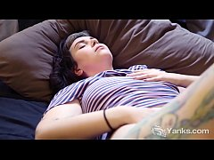 Tattooed Yanks Lua Snow Masturbating