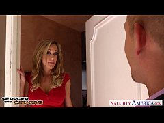 HD Blonde cougar Brandi Love fucking a large dick