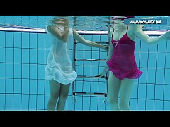 HD Hotly dressed teens in the pool