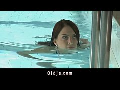 Oldje - Old man fucked in the pool