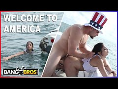 BANGBROS - J-Mac Rescues Cuban Refugee Vanessa Sky Off The Coast Of Miami LOL