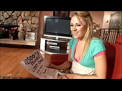 Blonde chick Sindee Jennings loses her dog but find hard rod in her cunt in  doggystyle