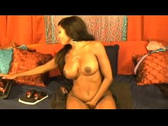 Squirting MILF on webcam – more videos on sexyteencams.eu and get free coins for