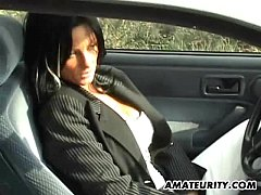Clip sex Amateur mom with big tits sucks and fucks in her car