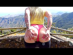 Hot Blonde Tourist Flashing Her Big Booty Outdoors Tenerife!