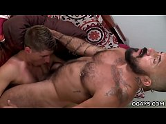 Daddy dominates a younger guy