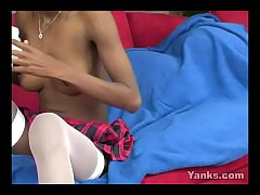 Yanks Ebony Nicole Carolina Masturbates