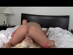ADdickted for porn pleasure Kaylee Hilton came in for great blowjob