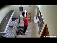 HD Voyeur Hidden Cam in Public Solarium