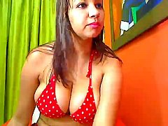 Colombian Amateur With Huge tits Gets