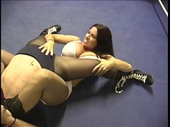 Girl on Girl Wrestling and Fighting Videos - Ca...