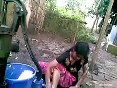 Desi village girl outdoor bath
