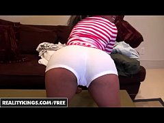 Black GFs - Ebony GF (Kim Aron) shows off her booty - Reality Kings