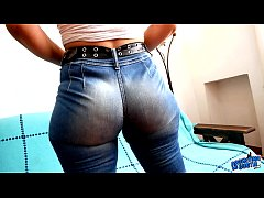 INCREDIBLE ROUND ASS in a Tiny Waist Wearing Super TIGHT JEANS