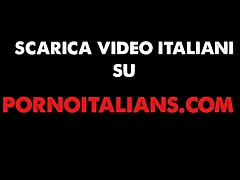 Video amatoriale vero coppia scopa   - Real amateur wife italian