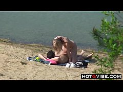 PUBLIC BEACH Sucking and Fucking by Aussie AMATEUR TEENS
