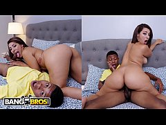 BANGBROS - Valentina Jewels Drops Her Latin Big Ass On Lil D's Face