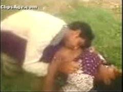 Mallu Aunty Out Door Expose