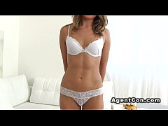 Perfect body babe bangs in casting