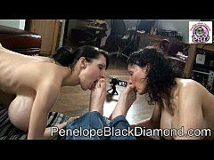 Penelope Black Diamond   Sklavin Michaela Footlicking  Preview