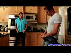 Muscled jocks threeway fuck in kitchen