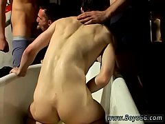 Husky men in gay orgy Frat Piss: Kaleb Scott!