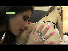 katrina kox  and kelsey obsession  nose dive each otherside asses