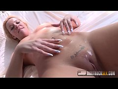 Hot Vivien Blonde gives a blowjob