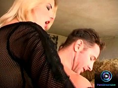 Slender blonde Leslie Taylor enjoys screwing two cocks at the barn